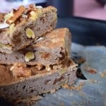 Glutenvrij vegan bananen-walnoot brood