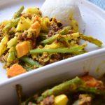 Vegan bobotie met rijst